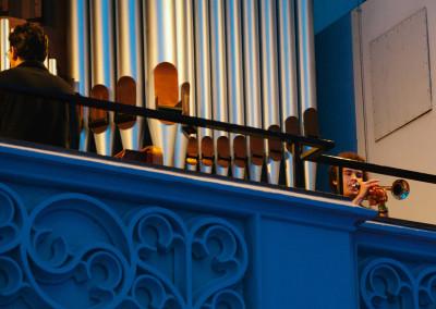 ausstellung-ankommen-an-der-orgel-trompete